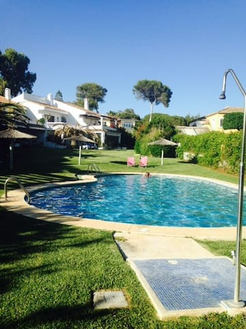 Cute House with direct way to the best Beach! - Marbella - Ev