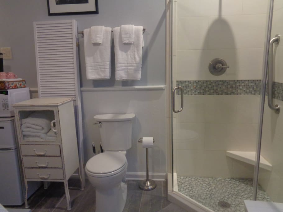 Full bathroom with Shower, Potty,  Sink