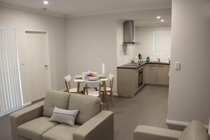 Perth Holiday House - Fantastic Location