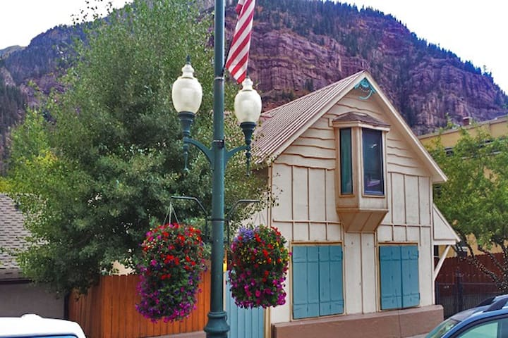 Main Street Cottage House (3 Bedroom) - Ouray - Vacation home