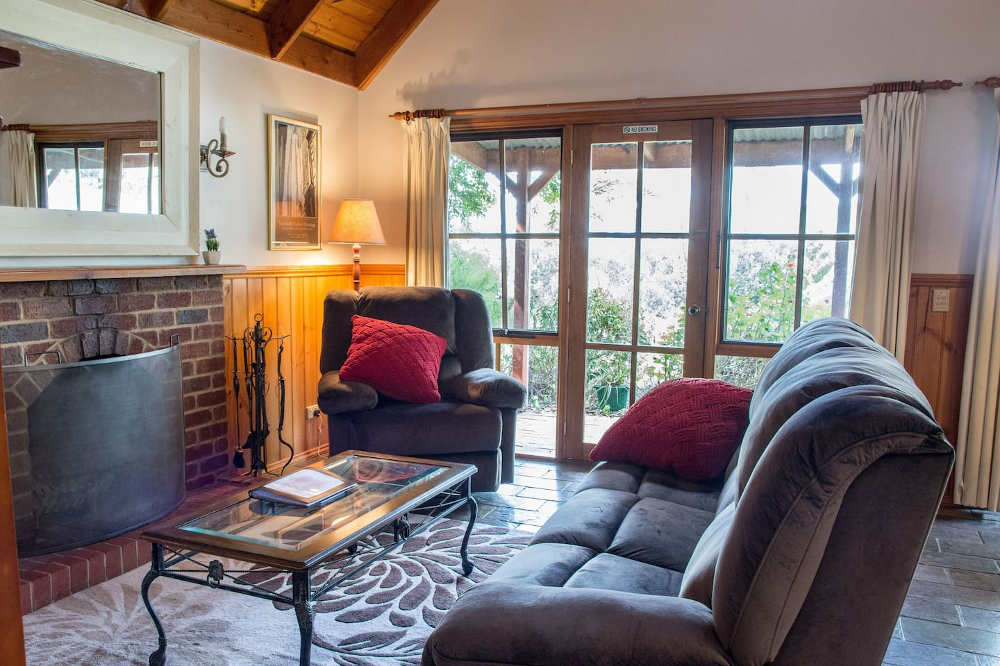 Cosy recliner lounges in the sunshine or by the fire as you read a book, watch a movie or have a nightcap