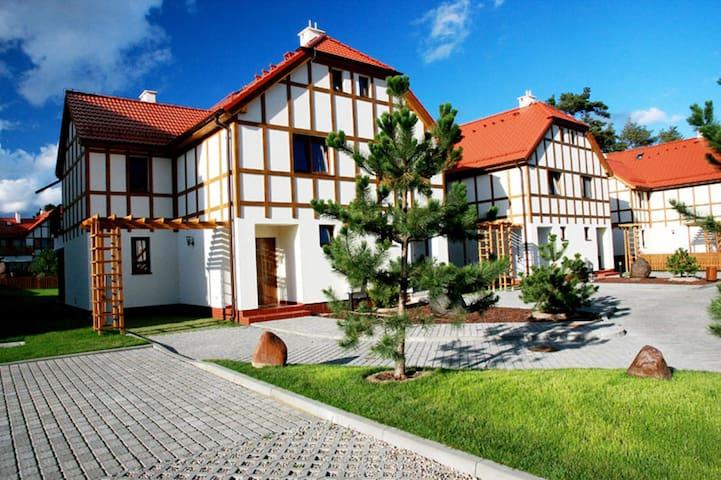 Villa TES