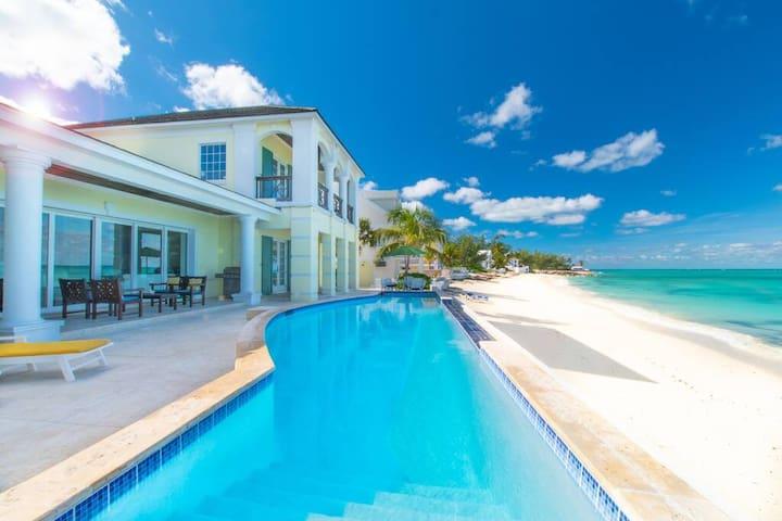 La Mouette - Luxury Beach Front Villa 6 BR