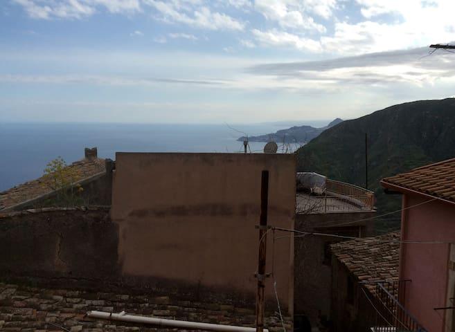 View terrace kitchen - Vista terrazzo cucina