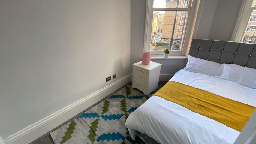 Gorgeous Double bedroom in Hammersmith