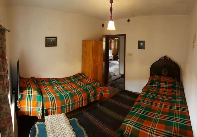 Double room,antique and comfortable furnishings