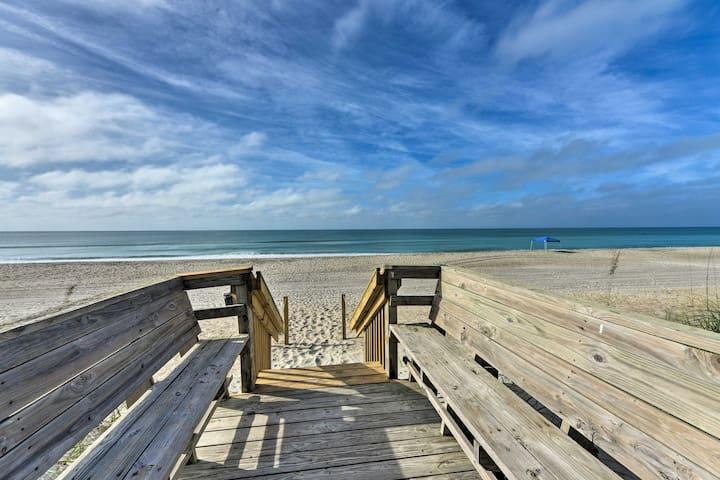 NEW! Emerald Isle House w/Patio 100 Steps to Beach