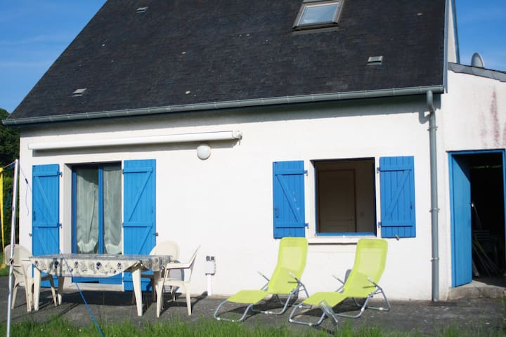 Cosy little house in rural Normandy - Colleville-Montgomery - House