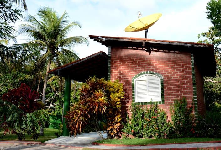 BANGALÔ VERDE NO HOTEL FAZENDA PARAÍSO DO COLIBRIS