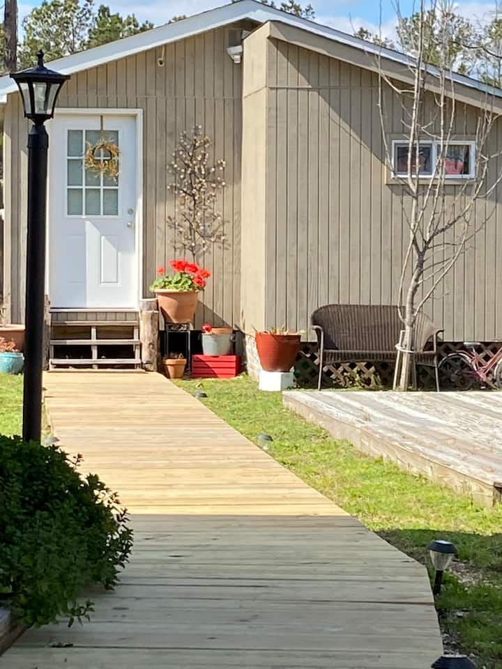 **Cute Tiny Cottage** Manteo-The Outer Banks.