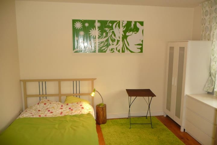 Furnished flat to rent in Merode, quiet area!