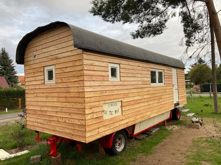 Cozy Zirkus-Tinyhouse am Stadtrand Berlins