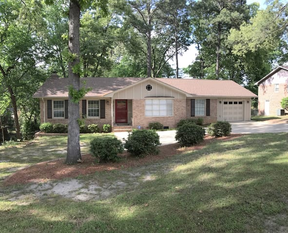 Bring the Family! 5 bed 3 bath, renovated
