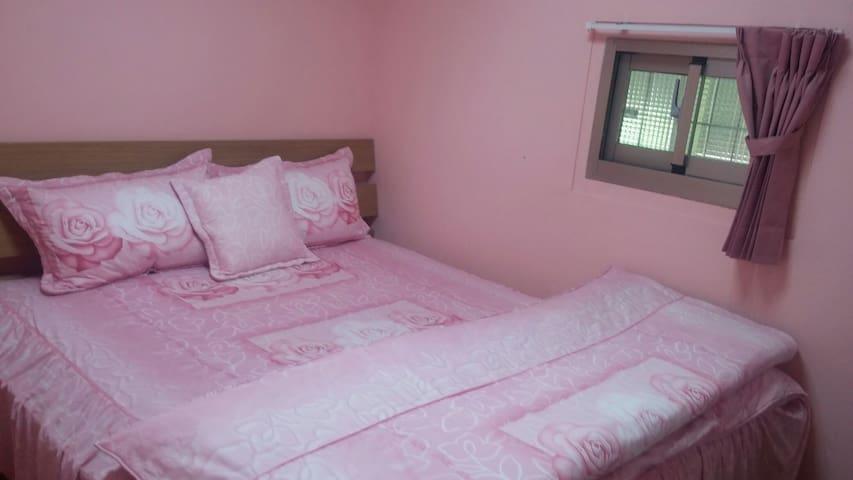 房間是雙人套房。供應早餐,洗衣機,自行車,有停車位,有後院。(垂房) - 池上鄉 - Baraka