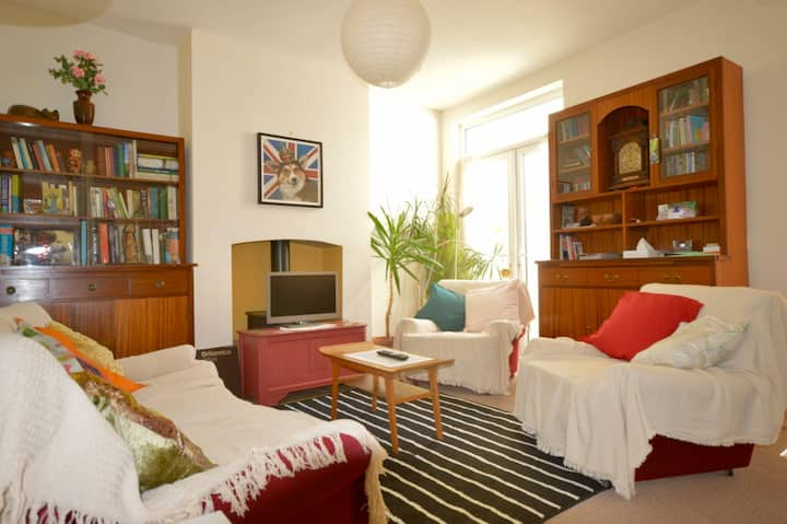 A cosy family home in Windmill Hill