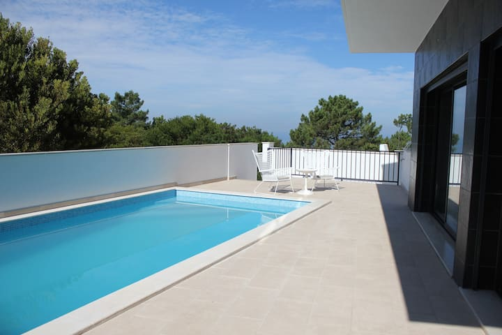 Sea view, close to the beach, privat pool, nature