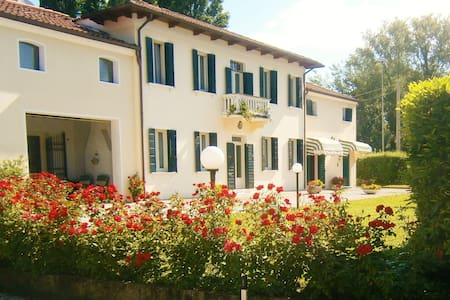 Casa Alice - Iris Apartment in Vigonza Padova