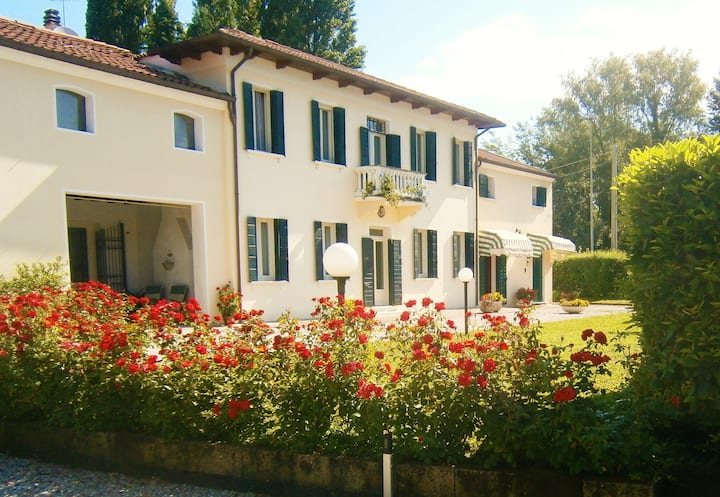 Casa Alice - Iris Apartment in Vigonza Padova