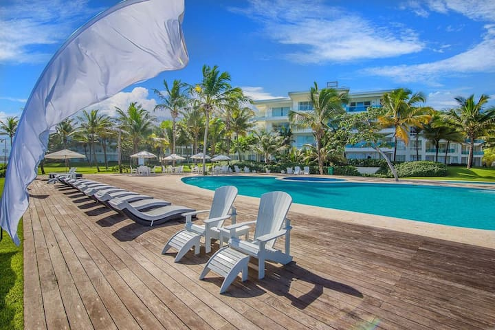 Luxurious Oceanfront Beach Condo in Cabarete, DR