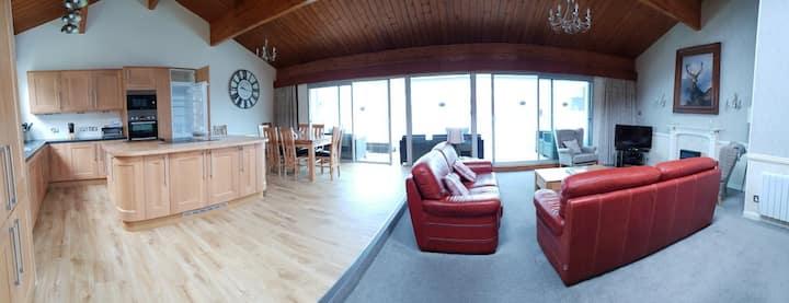 Loch Rannoch Highland Lodge 7