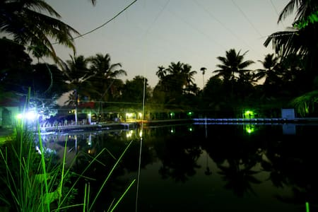Pond view Double with Single Premium Room - Nedumudy