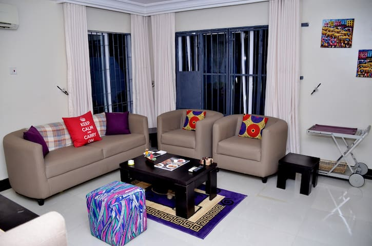 Cosy retreat in gated estate by Protea Hotel,GRA