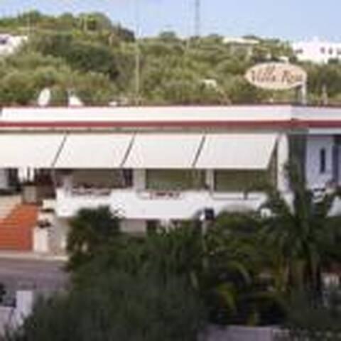 Piccolo Hotel Villa Rosa - Ostuni - Bed & Breakfast