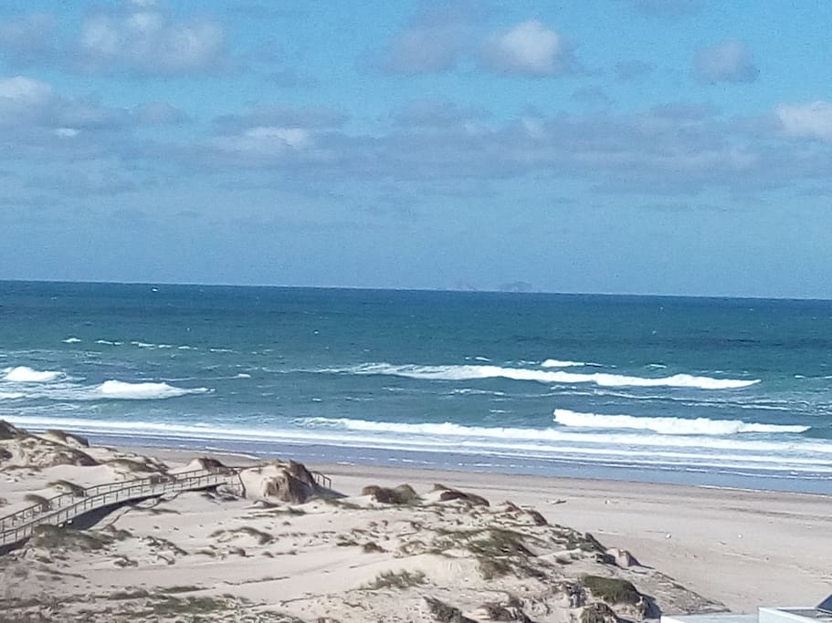 Vista da praia do resort
