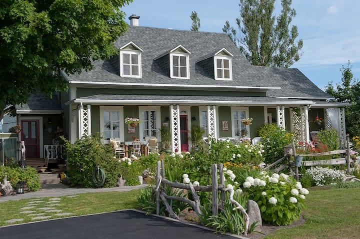 La Maison Verte Couette et Cafe - Le Grenier