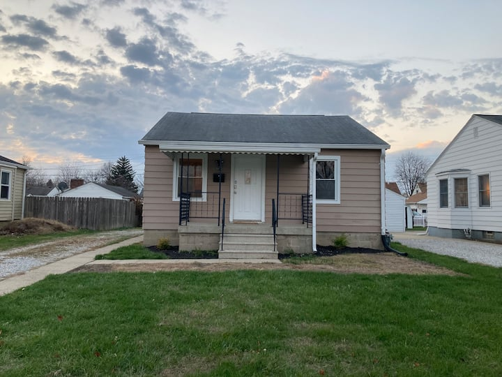 Charming updated home in the heart of Speedway