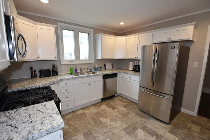 Walking distance to Notre Dame Campus, 3 bedroom 1.5 bath home.