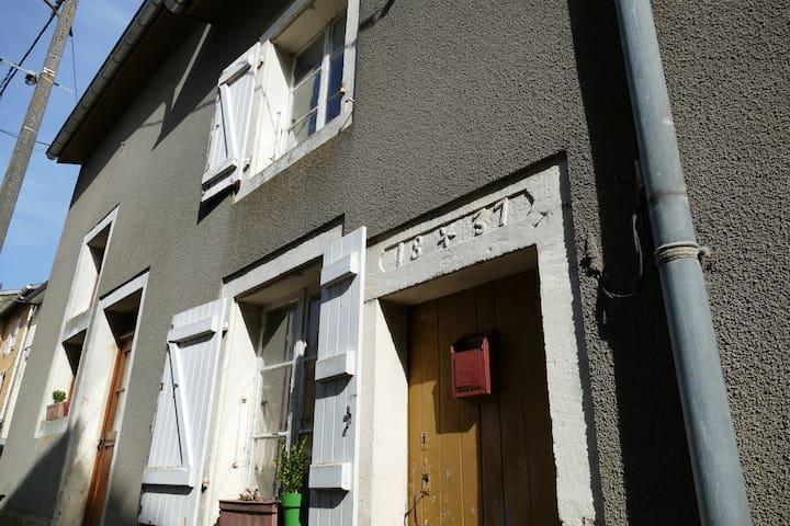 Summerhouse in Villecloye (F)