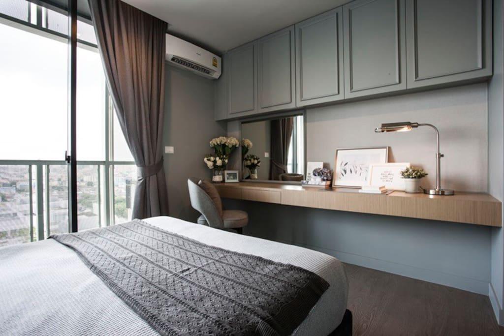 卧室和阳台| Bedroom with balcony