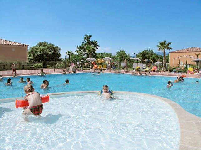 Maison de vacances + piscine proche Mont Ventoux