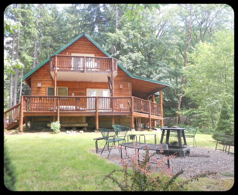 Pine Lodge Sleeps 14 H T Amp Wifi Cabins For Rent In