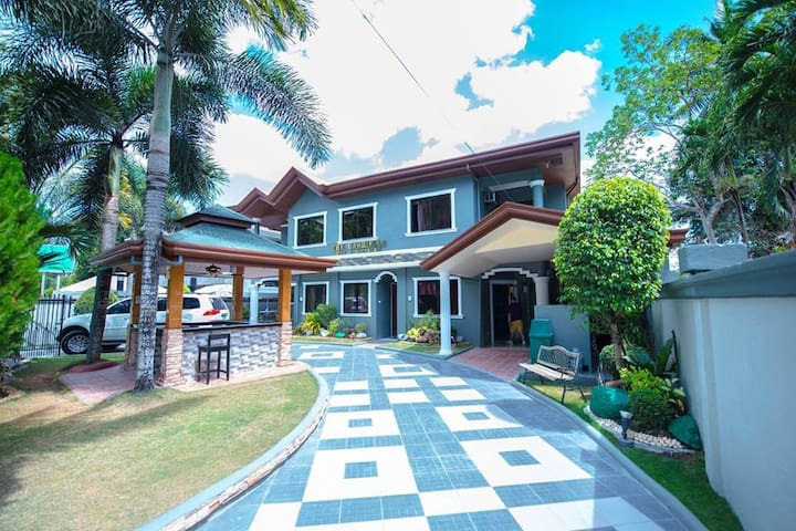 The Gabriella Bed and Breakfast - Tagbilaran City - Daire