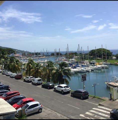 Amazing apt with sea view & Wifi