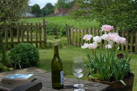 Lovley spacious cottage for two - Somerset - Bungalov