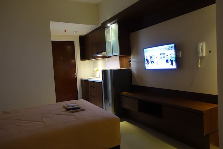 Homey studio apartment near by UI - Depok - Huoneisto