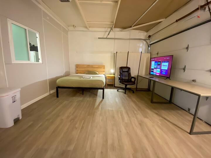 New Private Big Remodel Garage Bedroom #0