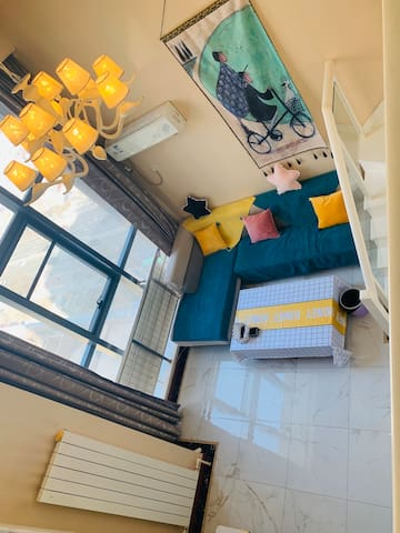 【37°C】公寓3号店 loft复式河景房 近渤海大学 万达广场 锦州站 锦州南站 锦州夜市 可爱风