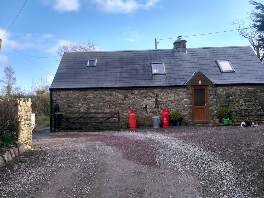 The Small Cottage Dernagree Cottages For Rent In Dooneen