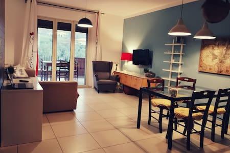 Piacevole Appartamento al mare immerso nel verde