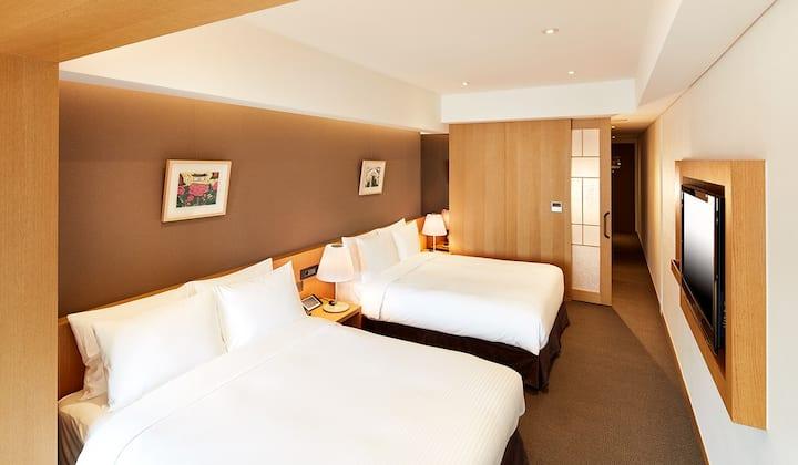 Premier Twin by PJ Hotel