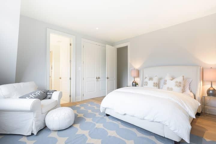 2 Bdrm Suite Luxury Hamptons Style