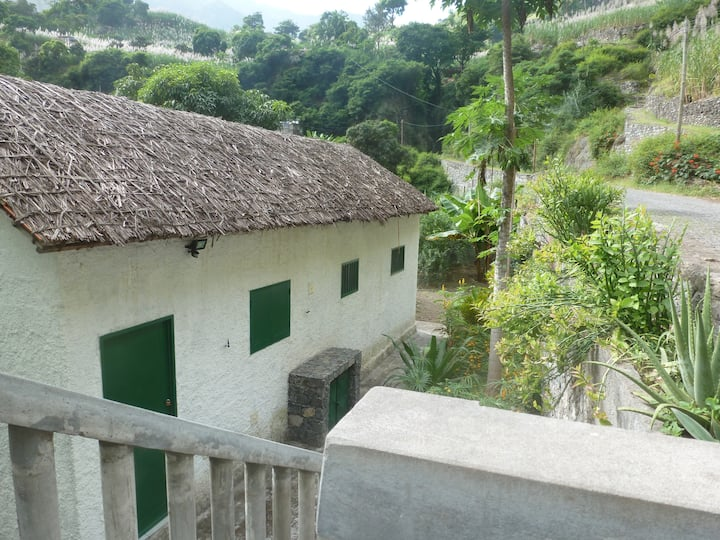 Maison dans la vallée de Paul
