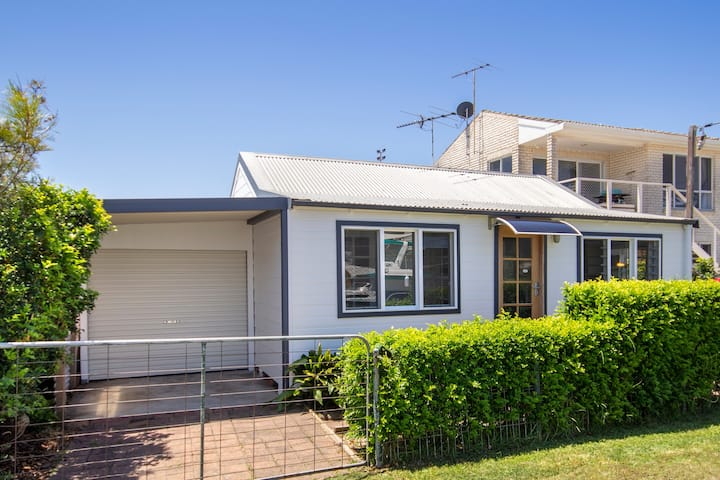 Echuca Bungalow - Budget family friendly escape!
