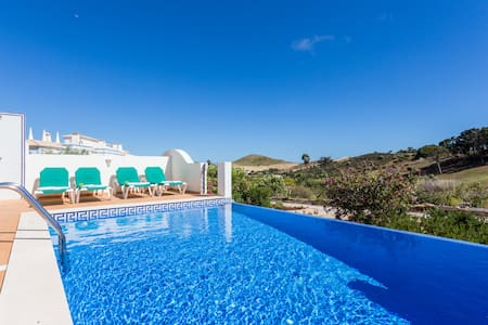 Luxury villa private pool QEV149 - Budens