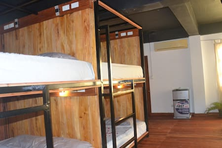 4 Classic Cabin Rooms, with Swimming Pool