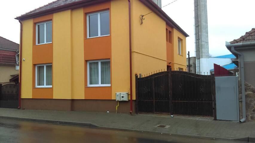 Tisza House